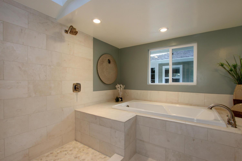 ... Roman Tub Deck Alabaster Limestone