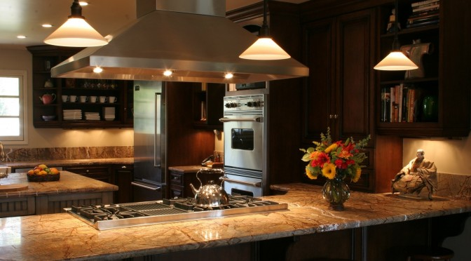Planning a kitchen remodel? Why you should hire a kitchen designer, even if you are a DIY er!