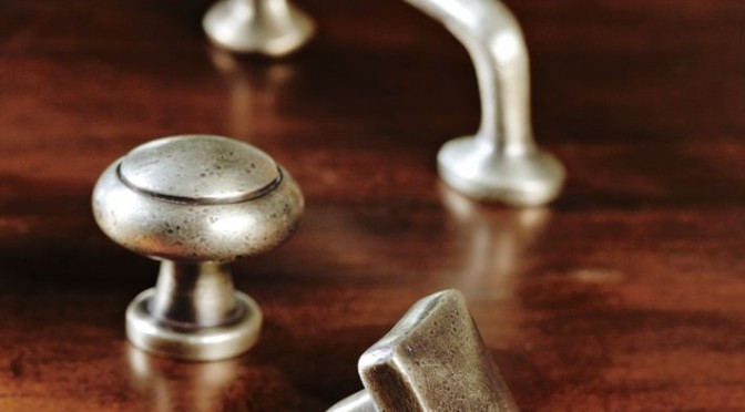Change Your Cabinet Hardware….. Quick Fix